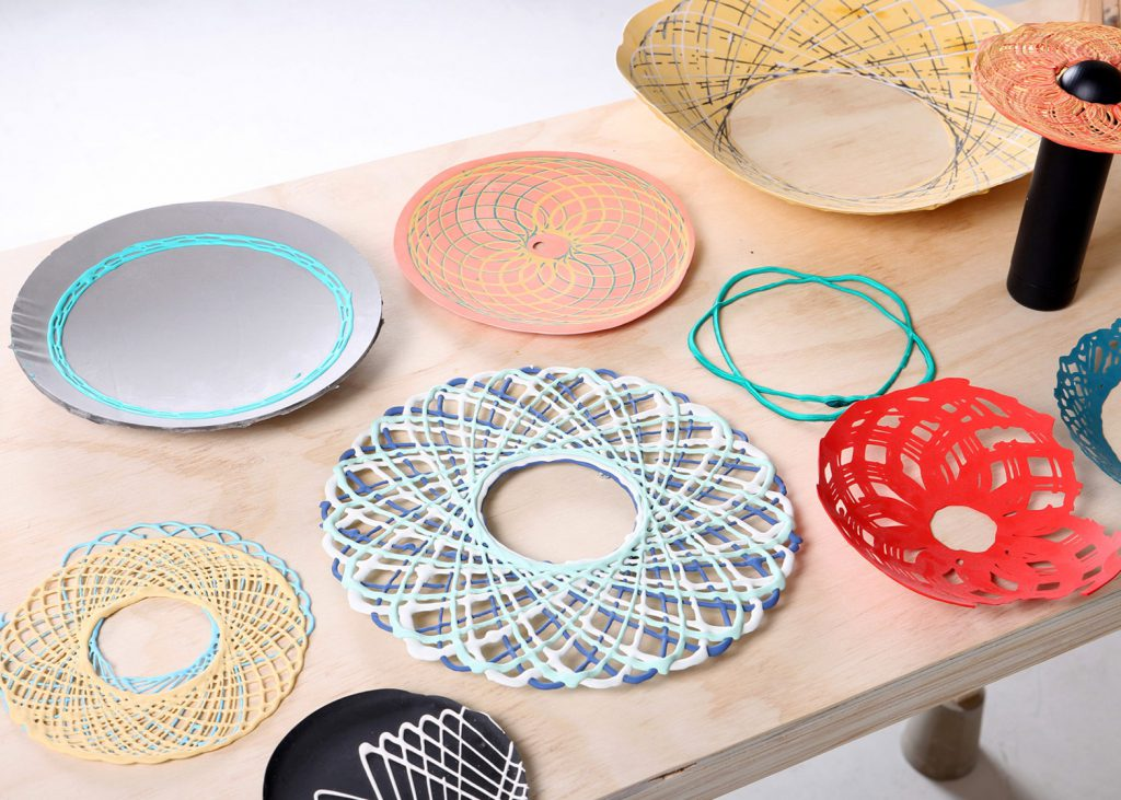 spirograph-lab-shawn-yang-product-design-drawing-tool-3d-printing-shih-chien-university_dezeen_1568_4
